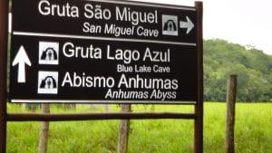 Onde ir: Gruta Lago Azul, São Miguel ou São Mateus?