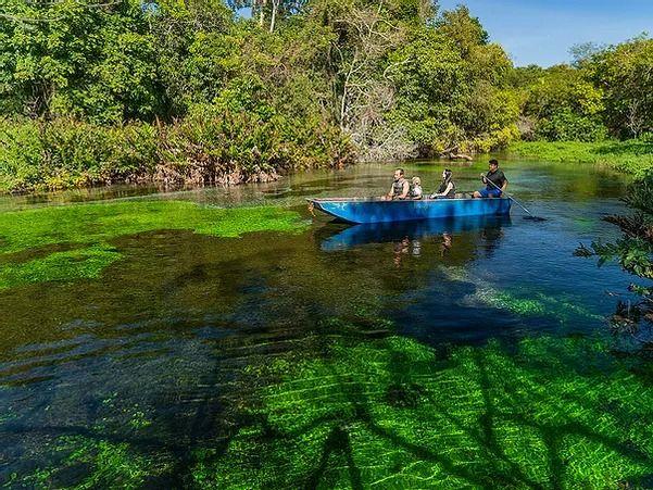 passeio de barco Rio Sucuri 1